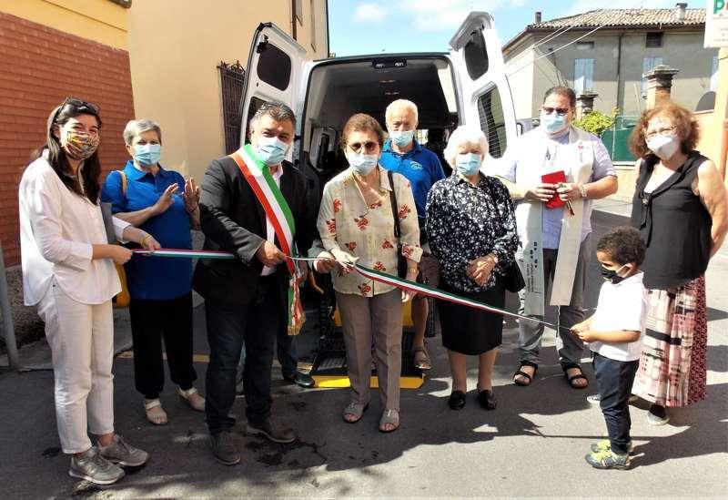 Quando un dono aiuta un'intera comunità: la storia del nuovo automezzo di Auser Crevalcore